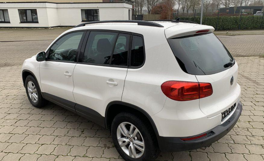 VW Tiguan Trend& Fun 2.0 TDI *Navi*AHK* SHZ*Isofix